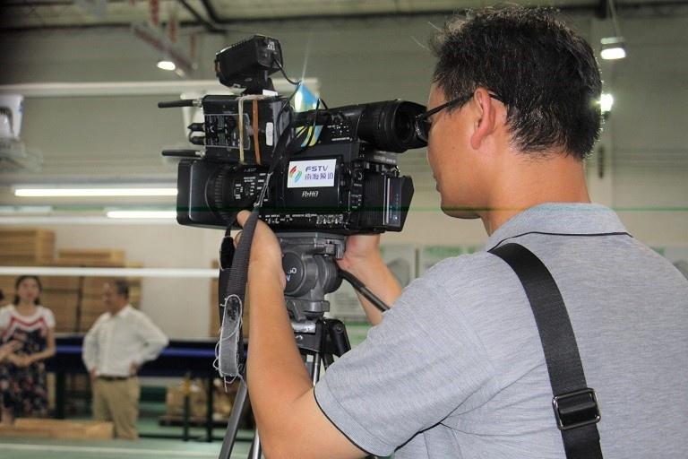 南海电视《产业最前线》项目组到公司采访