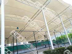 (5米户外棚-50W工矿灯)为中国华电集团遵义乌江渡发电厂网球场安装网球场专用灯
