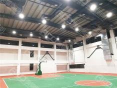 (10米高室内篮球馆-150W工矿灯)谢军篮球馆照明改造